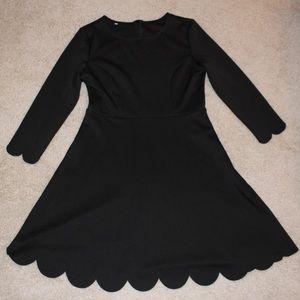 Shein Black Scalloped Hem Long-sleeved Dress